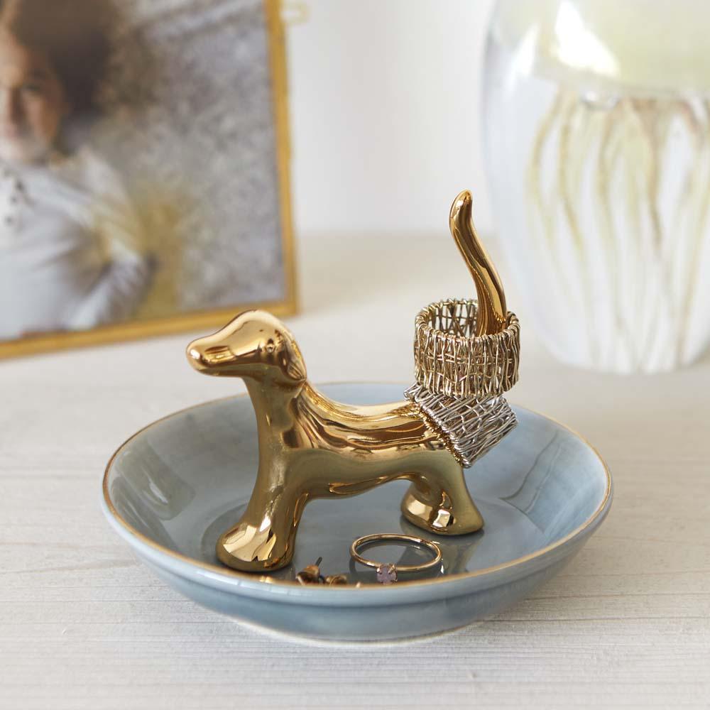 Porcelanski tanjirić za nakit
